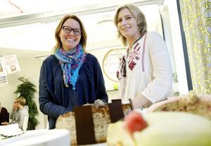Ulrica Dahlqvist och Victoria Winberg är glada över nomineringen av Mittmedias projekt #kandulova till Stora journalistpriset.