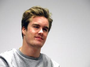 Niklas Matsson är från Sundsvall men trivs i Dalarna och tävlar för Leksand i sin gren slopestyle på snowboard.