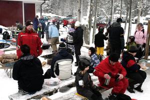 Kanalskolan fick en härlig vinterdag på Stenkällegården.