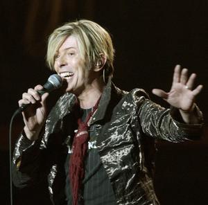 Bild på David Bowie från 2003.