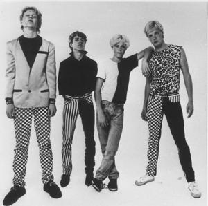 Noice från tiden då det begav sig. I dag består gruppen av de två orginalmedlemmarna Robert Klasen och Peo Thyrén tillsammans med Danne Larsson och gitarristen Andy Ravel.
