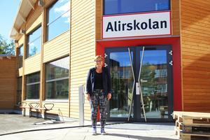 Sibba Hanell är rektor på Alirskolan som på måndag välkomnar över 300 högstadieelever till den nya skolan.