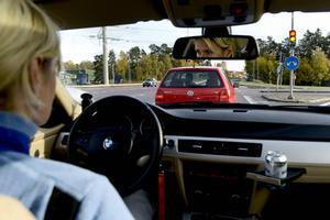 Vi är sämre än vi tror på att köra in tid, i höga hastigheter överskattar de flesta av oss tidsvinsten.    Foto: Pontus Lundahl/TT