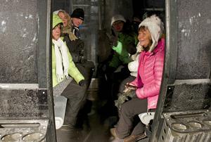 Det var många som ville åka med gondolbanan under premiärkvällen.