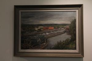 Bertil Pettersson har målat Edsbyströmmen med gamla Edsbyverken, en olja från 1946.