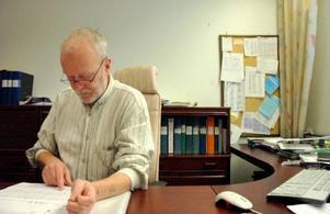 Peter Frost, chef på arbetsförmedlingen i Strömsund är orolig över alla varsel som lämnats in i kommunen.