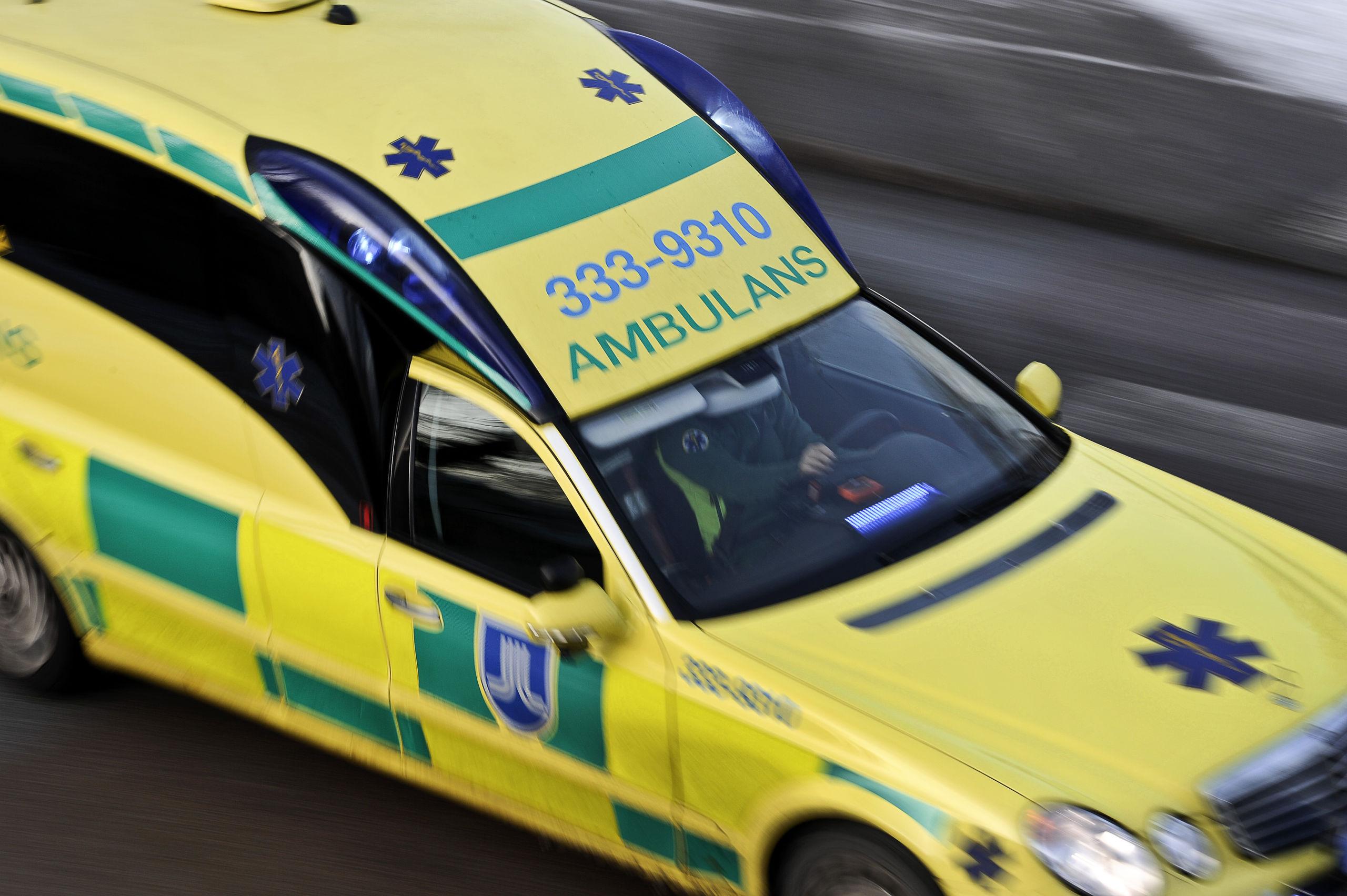 Fem svart skadade till sjukhus efter antinazistdemonstration