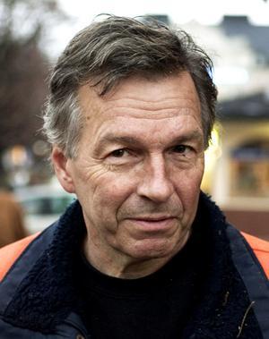 SHRA Sundsvalls ordförande Tommy Edström konstaterar att konkurrensen bland dragracing-arrangörerna blir allt tuffare.