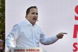Statsminister Stefan Löfven (S) talar i Almedalen på tisdagskvällen.