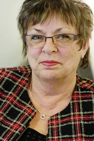 Harriet Jorderud (S) hoppas på ett regeringsskifte i höst. Något som hon tror skulle ge landstinget ett tillskott på 75 miljoner kronor.