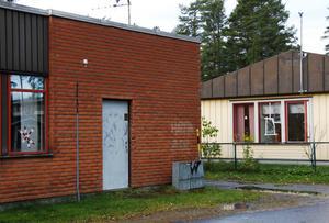 Ofta har tjuvarna förstört i samband med inbrotten men den här gången tog de sig in genom att bryta upp en dörr.