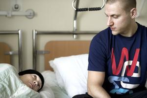 Cathrine och Stefan Tranblom är mitt uppe i en mardröm. Cathrine har obotlig cancer av typen sarkom. Ett av få glädjeämnen i tillvaron är nyfödda dottern Stella.