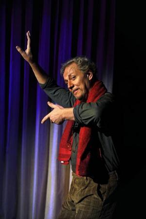 Lars-Erik Berenett gestaltar Morrie som är döende i ALS.