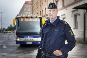 Josef Wiklund, chef för polisens brottsförebyggande enhet, välkomnar beskedet att kommunen planerar att bygga om Navet från grunden.