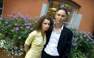 Alexander Ahndoril och Alexandra Coelho Ahndoril är författarparet som ligger bakom författarpseudonymen Lars Kepler. Foto: Claudio Bresciani / SCANPIX