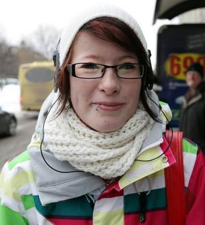 Madde Ranta, 18 år, Utvalnäs, studerande:– Jag ska plugga och åka snowboard på Kungsberget. Det blir jätteroligt.