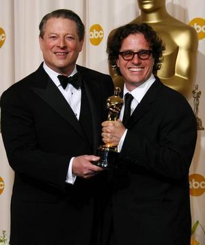 Al Gore och regissören Davis Guggenheim prisades för miljödokumentären