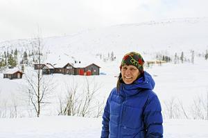 Platschef Anna Hansson hoppas att nybygget av butik och kafé kan stå klart till nästa vintersäsong.