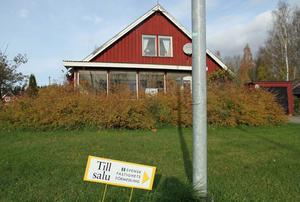 Det här huset på Parkvägen har en bostadsyta på 139 kvadratmeter.