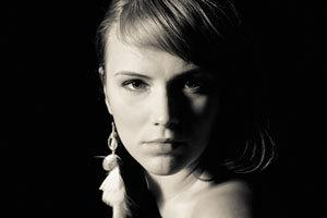 Johanna Louhivuori, alias Yona.