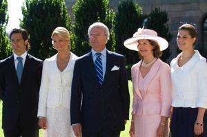 Hur länge ska vi ha en privilegierad kungafamilj, undrar insändarskribenten.Foto: scanpix