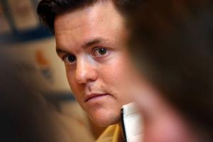 Mattias Hargin drömmer om att ta en pallplats i lördagens slalom.