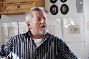 Lars Lindroth är en fantastisk historieberättare och deltagarna fick ta del av spännande episoder vid boksläppet.