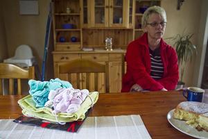 I fyra veckor satt Madeleine Jonsson vid sin dotters sida. Och hon har fortfarande svårt att prata om det som hänt.