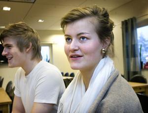 Iris Kuylenstierna gör sin praktik på Holmen Timber sedan i september. Och hon känner redan att hennes vilja att studera vidare har stigit.