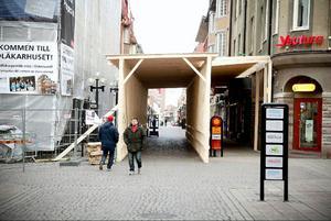 Årets variant av Citytunneln på gågatan i Östersund är högre och bredare än någonsin.
