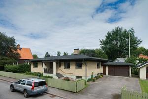 Med hela sju rum placerar sig denna villa i Vallbacken på femte plats i listan över Gästriklands mest besökta bostadsobjekt den senaste veckan.