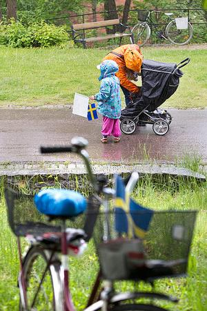Blött. Några var ordentligt förberedda och kunde ta på sig regnkläder när det började regna vid 14-tiden.
