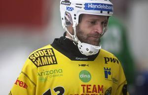 Robert Dammbro fanns inte på plan för Broberg mot Västerås.