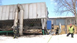 Räddningstjänsten från Hammerdal och Strömsund bemästrade branden vid Lamtech.