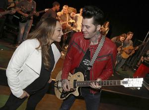 """Charlotte Perrelli följer med Brolle på hans """"Rock ´n´ Roll on Tour"""" i sommar. Ett av turnéstoppen sker på Gussjönoret."""