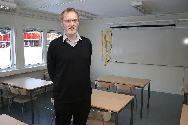 lärare som ansluter sig till eleverna