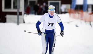 Lovisa Sundin från Delsbo var först ut i D 17–20-klassens lopp över 1,1 mil.
