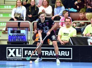 Alexander Galante Carlström jagade poäng nummer 500  med Falun i SSL. En assist räckte till den 499:e poängen.