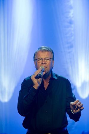 Diger låtlista. Lasse Berghagen har över 400 låtar på repertoaren.          I kväll gästar han Gävle.