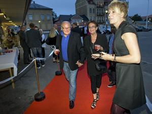 Nisse Grängzell och Lena Andersson var ett par av många på festen.