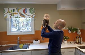 Bäst i huset – tycker Ulf om lille Olle...