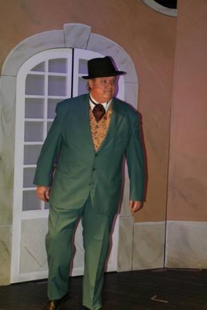 Janne Dahlberg som den bullrande furst Moritz Populesco