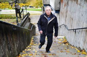 Dagbladet har granskat åldrarna och jämställdheten i Sundsvallspolitiken. 81-åriga Sven Nordlund, (SD), är den äldsta politikern. Själv ser han det som en nackdel.