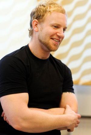Pappa Daniel Sandkvist bedyrar att kontakten med Rett center varit ovärderlig för hela familjen.