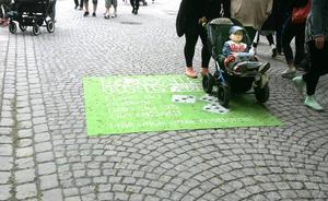 Snart tvåårige Oliver Vestlund från Brunflo var en av många som deltog i