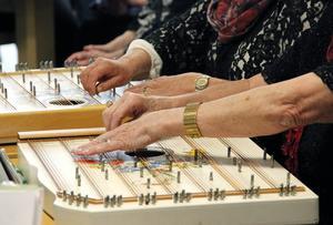 Cittra är ett ganska ovanligt instrument, men enligt Sätracittrorna har den fått ett uppsving på sistone. De  berättar att det finns cittragrupper både i Hamrånge och Kungsgården också.