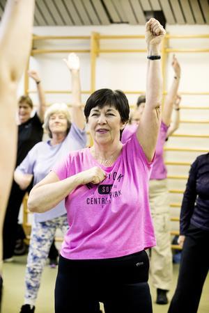 – Jag älskar att dansa. Man blir som pånytt-född, säger Iren Retsmar.