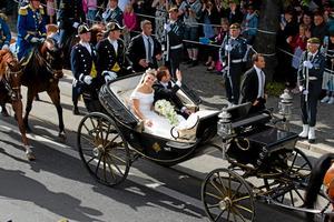 Bild från bröllopscortegen i Stockholm.