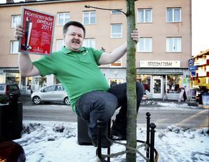 Så här glad blev Torbjörn Sjöberg när han fick reda på att Perssons tobak är nominerad till ett prestigefullt pris i kategorin Årets klättrare vid Svenska Spels ombudsgala i Globen.
