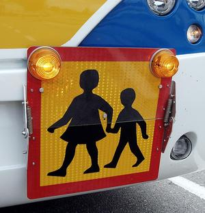 Se inte bara till avståndet, se också till hur farlig skolvägen är, uppmanar skribenten. Foto: Alf Bergeman/VLT/Arkiv